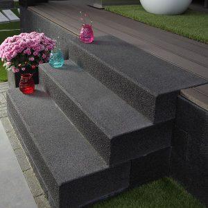 Traptreden en bielzen beton